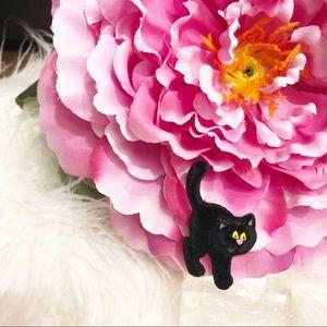 Vintage Hallmark Black Velvet Scaredy Cat Brooch